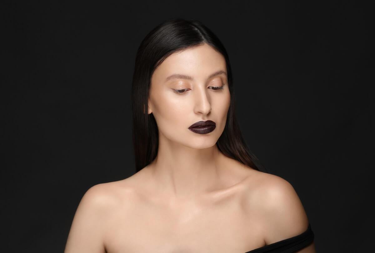 Monika Dembińska - Black & Glow